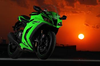 Kawasaki_ZX10R_11_24