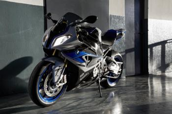 BMW_HP4_18
