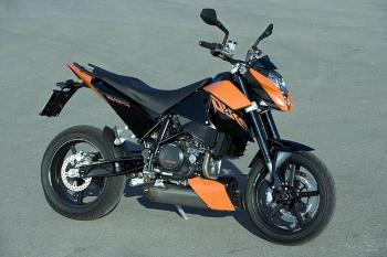 KTM_690Duke
